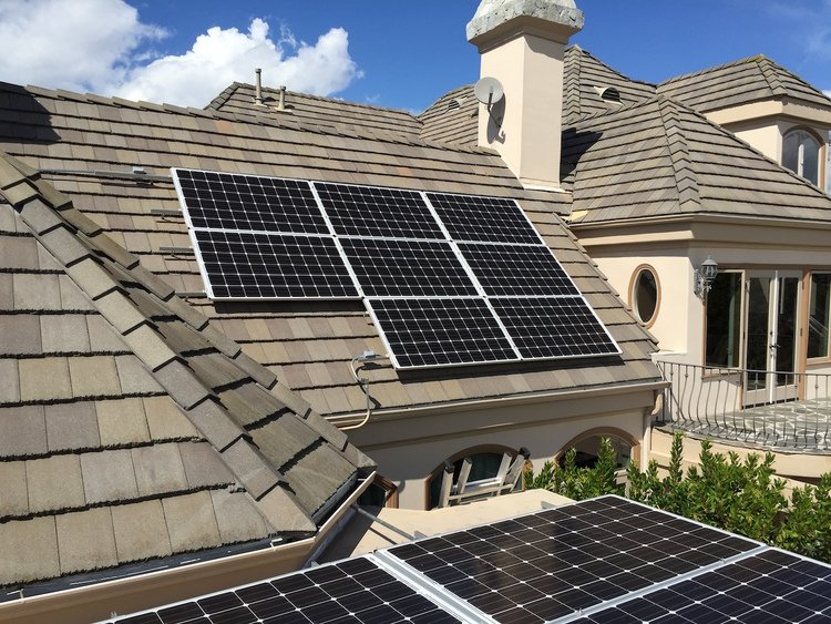Going Green: How to Finance Solar Panels in Los Angeles for Your Home